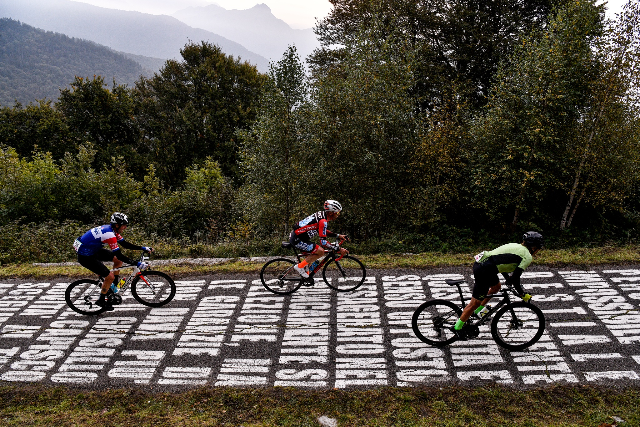Gran Fondo Il Lombardia: 2,500 sportive riders on legendary roads